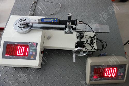 触屏力矩扳手测量仪图片