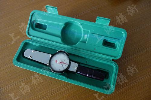 表盘扭矩检测扳手图片